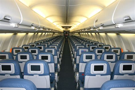 Thomson 737 800 Cabin by Pin Thomson Dreamliner Interior On
