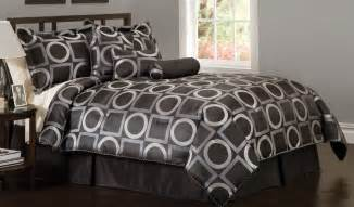 Black White Silver Bedding Sets Black And White Bedding Geo Grid Black Comforter Sets And Decorative Pillows