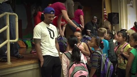 Backpack Giveaway 2017 Phoenix - damian lillard surprises kids on the first day of school backpack giveaway