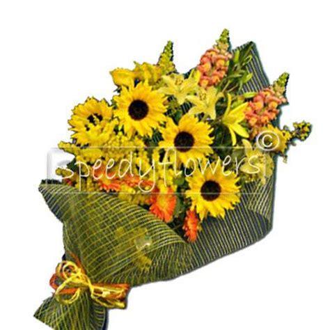 foto mazzo di fiori compleanno inviare fiori a domicilio per compleanno