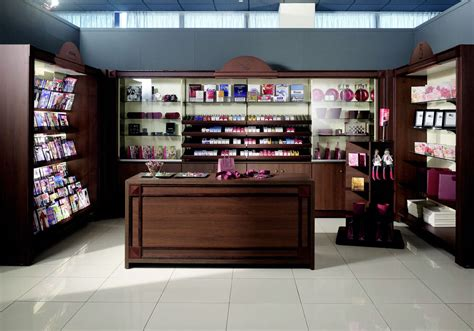 negozi arredamento olbia arredamento negozi e locali commerciali neon europa