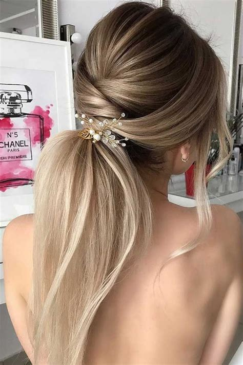 cute hair for 30 something 30 super cute christmas hairstyles for long hair