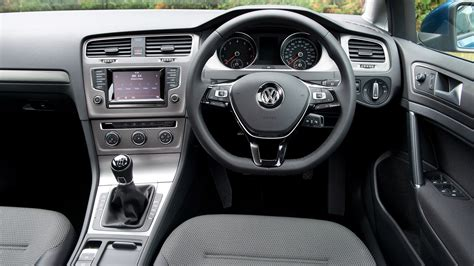 best car repair manuals 1996 volkswagen golf interior lighting vw golf estate 1 6 tdi 105 se 2015 review by car magazine