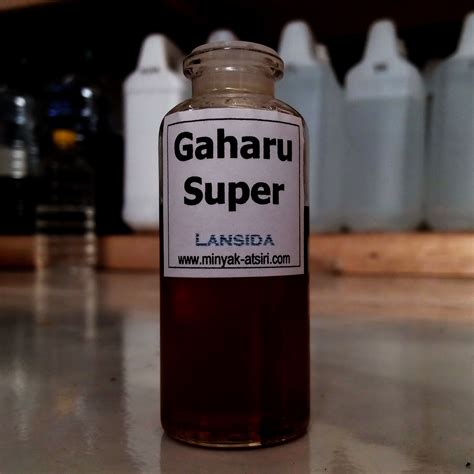 Minyak Oud jual agarwood 10 ml minyak atsiri kayu gaharu oud