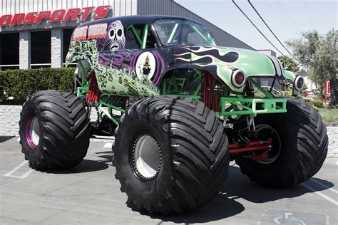 monster monster truck videos wallpaper crazy monstertrucks