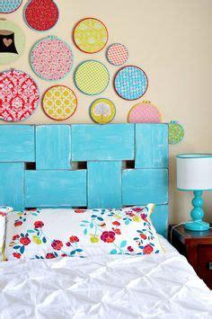 Funky Bedroom Ls by Funky Headboard Idea Colorfulspaces Headboard Polkadots