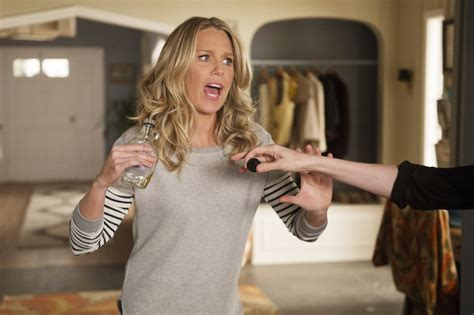 playing house season 1 interview jessica st clair plays house on playing house assignment x assignment x