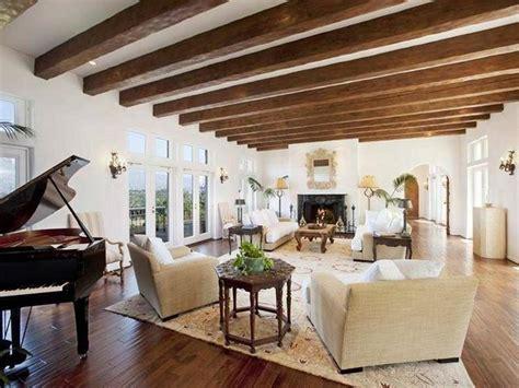 soffitto con travi oltre 25 fantastiche idee su soffitto con travi in legno