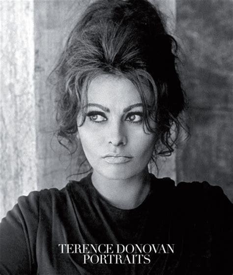 terence donovan portraits terence donovan portraits artbook d a p 2016 catalog damiani books exhibition catalogues