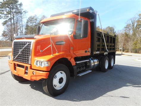 2014 volvo truck price 2014 volvo vhd64f200 for sale used trucks on buysellsearch