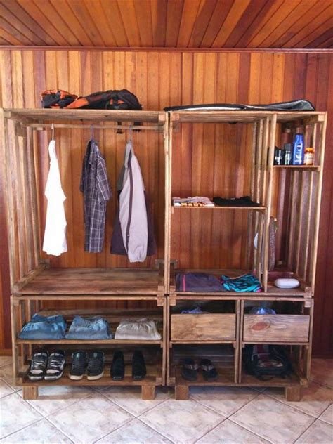 woodworking collection wood pallets and woodcarving projects for your home and garden woodworking projects woodworking plans books wood pallet wardrobe ideas pallet wood projects