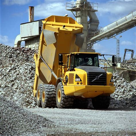 volvo articulated dump truck  vrents construction equipment hire