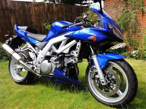 Suzuki Sv1000 S Bike Of The Day Suzuki Sv1000 Mcn