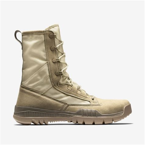 nike sfb boot nike s outdoor shoe 631371 220 nike sfb field 8