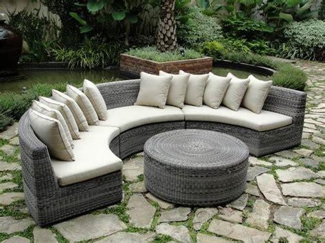 divanetti da giardino economici divani da giardino divano