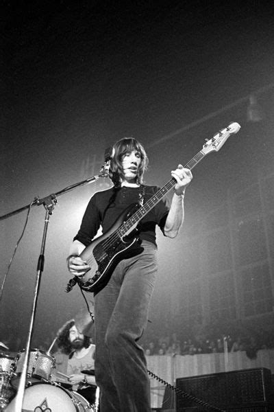 roger waters david gilmour comfortably numb 196 best images about pink floyd on pinterest