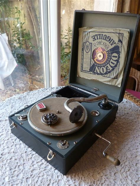 old record player 1000 ideas about antique record player on pinterest