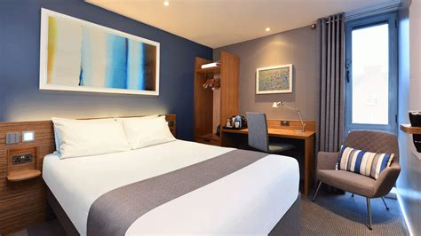 travelodge covent garden family room hotel review travelodge central farringdon business traveller the leading magazine