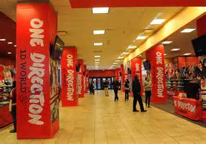 Store Ny One Direction S New Store Pops Up In New York City Idolator