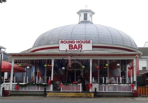 round house put in bay round room picture of round house bar put in bay tripadvisor