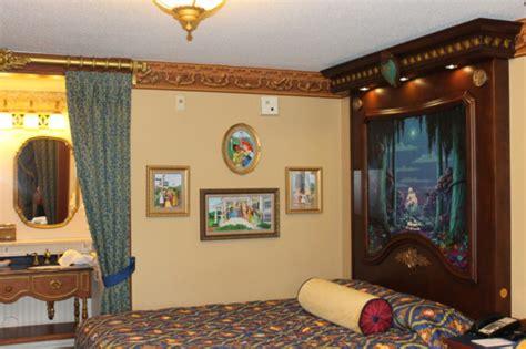 5 best themed rooms at walt disney world resorts