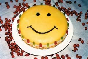 hoch soll er leben an der decke kleben text happy birthday smiley