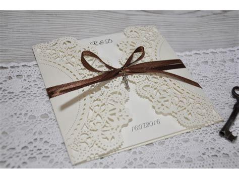 Hochzeit Einladungskarten Spitze by Einladungskarte Hochzeit Mit Spitze Und Schleife