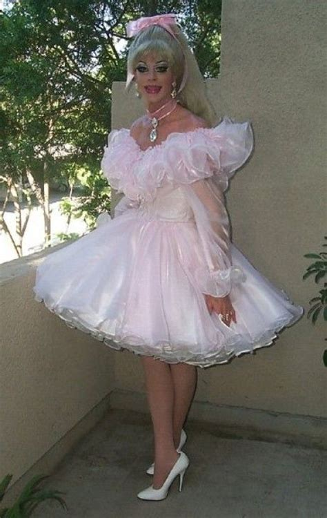 sissies in frilly dresses 1000 images about sissy on pinterest maid uniform