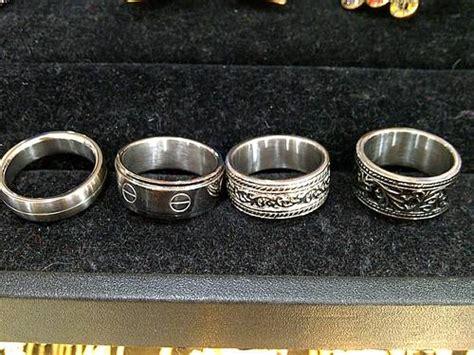 Kalung Salib Titanium Stainless Silver New dinomarket pasardino cincin kalung gelang salib cowok