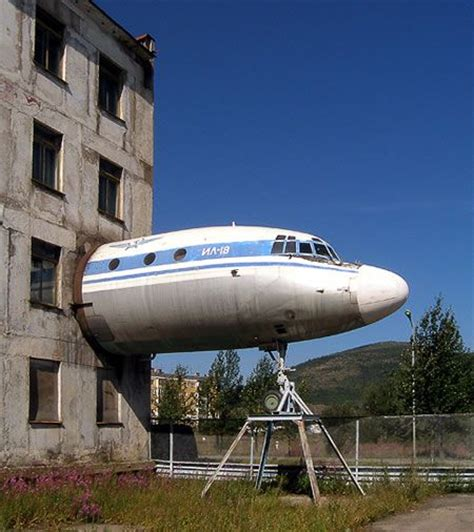 airplane house 20 best images about cool on pinterest around the worlds