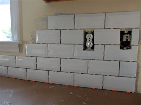 tiling a kitchen backsplash do it yourself do it yourself subway tile backsplash decorating