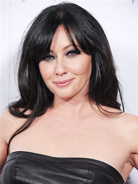 shannen doherty 2015 shannen doherty confirms breast cancer diagnosis today s