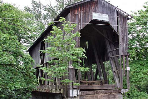in cottage grove chambers covered bridge