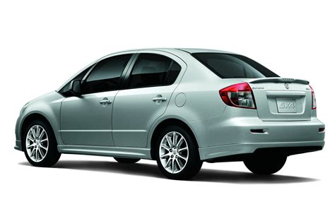 2012 Suzuki Sx4 Sedan Rear View Photo 7