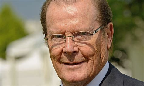 roger moore how to make the perfect martini life and style the
