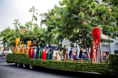 new year parade waikiki aloha festivals 63rd annual waikiki hoolaulea this