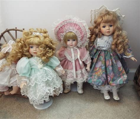 6 porcelain dolls 6 collectible porcelain dolls with 2 doll