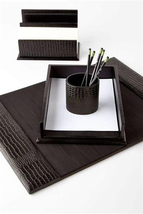boss lady 15 chic desktop accessories offices going
