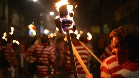 Bonfire In Lewes lewes bonfire 2018 in lewes united kingdom everfest