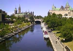 rideau canal running in transit