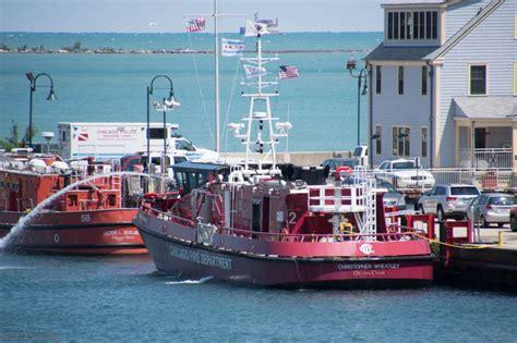 chicago fire boat joseph medill chicago fire boats