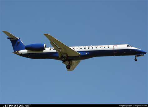 trans states airlines has 53 aircraft flying for american and united n825hk embraer erj 145lr trans states airlines
