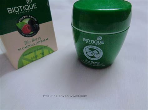 Berry Gloss Whitening biotique bio berry plumping lip balm review