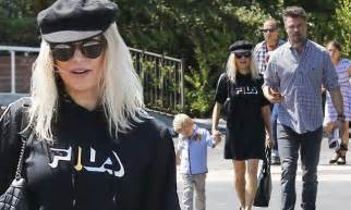 Fergie And Church Show How Its Done Hollyscoop by Josh Duhamel Escorts Fergie Axl Church Daily