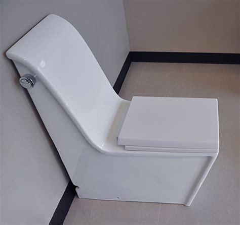 modern bathroom toilets cusio modern bathroom toilet