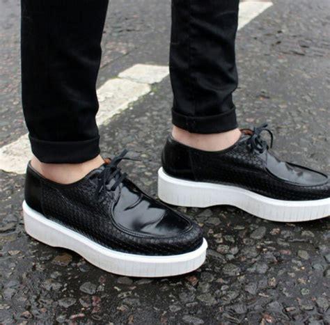 Lace Up Patent Platform Shoes shoes black shoes platform shoes patent leather white