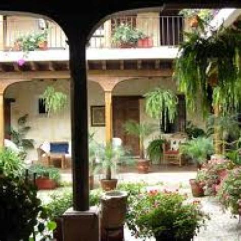 spanish style courtyards spanish style courtyard spanish style homes pinterest