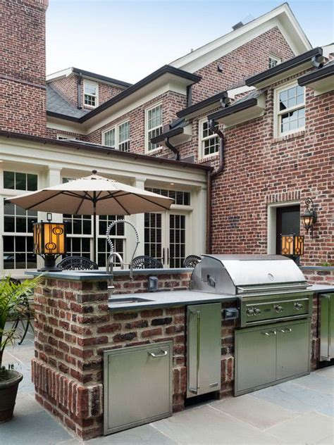 brick outdoor kitchen 1000 images about brick houses on pinterest front doors