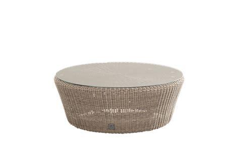 teppich rund schwarz weiß holz couchtisch rund teppich design design couchtisch