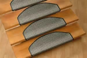 treppen rutschsicherung tolle ideen f 252 r stufenmatten f 252 r ihre treppen archzine net